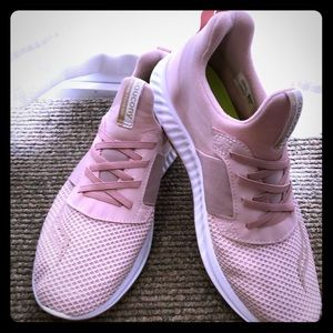 Saucony size 11 NWOT Pink sneakers - never worn